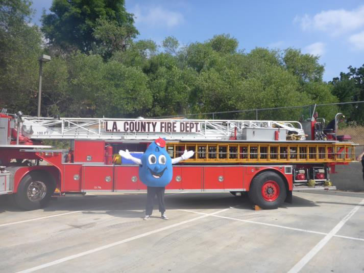 Now this is a big ladder fire engine!